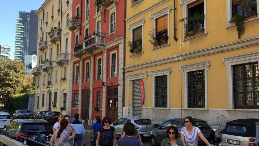 Biking or walking tour in Milano?